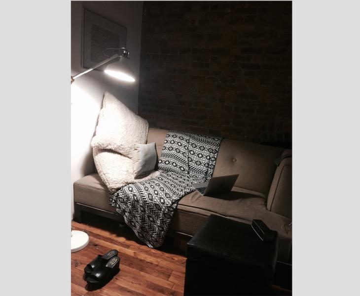 bedroom-sofa