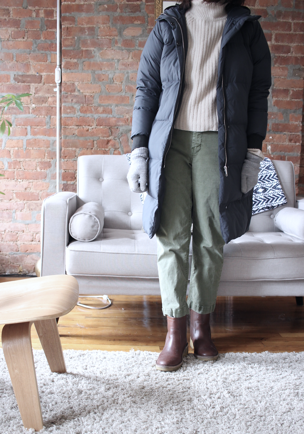 winter outfit everlane apc puffer