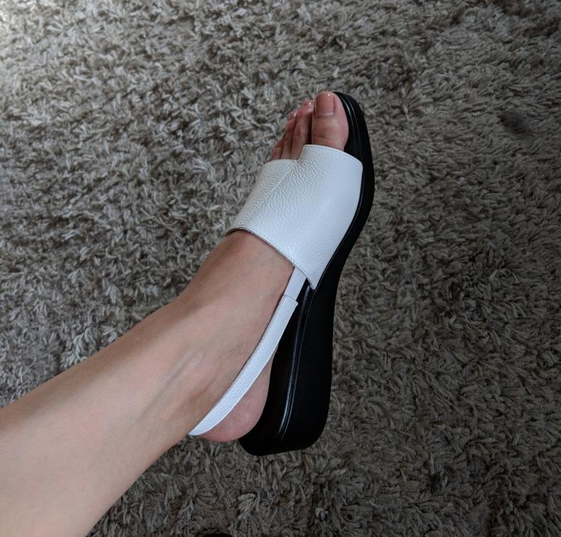 hopp sandal.jpg